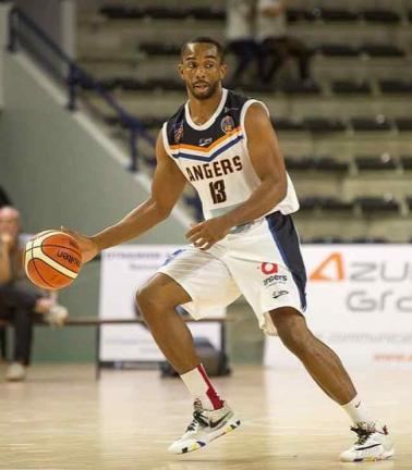 Angers BC (NM1). Demond Watt arrive